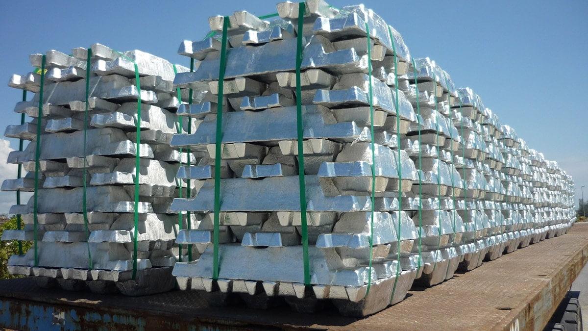 توقف رشد قیمت آلومینیوم در بورس فلزات لندن